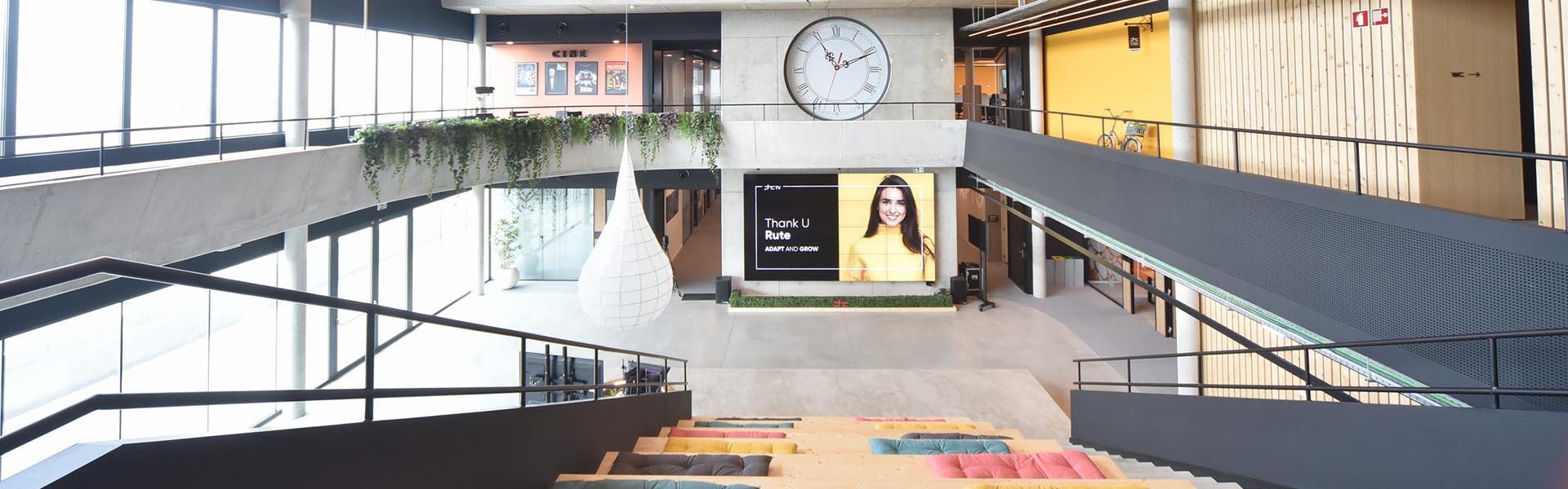 Interior da House of Digital Business, a sede da PHC Software no Taguspark em Lisboa